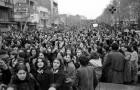 Le gouvernement impose le voile: voilà les photos puissantes de la protestation des femmes iraniennes en 1979