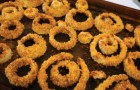 Crispy oven-baked onion rings!