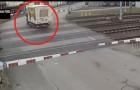 La barrière s'élève par erreur: le conducteur tente de sortir de la manière la plus inappropriée!