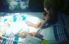 Il figlio prematuro era in terapia intensiva, ma la madre ebbe un'idea che gli salvò la vita