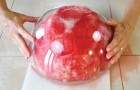 Como cortar três tipos diferentes de melancias e servir em modo original!