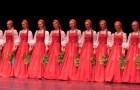 Dança tradicional russa: quando começam a se mover o efeito é extraordinário!
