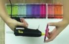 Inizia attaccando dei colori a cera sulla tela: il risultato è qualcosa di magico