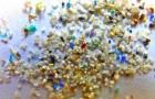 Ad ogni pasto ingeriamo circa 100 frammenti di plastica che fanno parte della polvere domestica