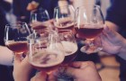 Même la science le dit : l'alcool nous rend plus créatifs (mais gare à ne pas exagérer)