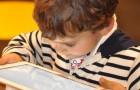 Si vous calmez votre enfant avec des tablettes et des smartphones, vous devez savoir quels troubles ils causent
