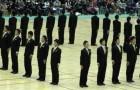 Det här uppträdandet med en japansk synkroniserad marsch är så perfekt att du kommer att bli hypnotiserad