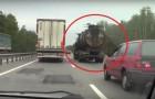 El camion ruso de un film de terror!