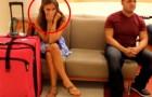Ze Komt Aan Bij Het Vliegveld Niet Wetende Dat Haar Wel Een Heel ZOETE Verrassing Te Wachten Staat…