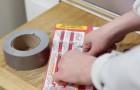 Con un pezzo di nastro adesivo puoi rendere DELIZIOSI i tuoi popcorn per microonde