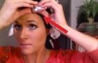 Envuelve sus cabellos con aluminio. Cuando lo saca, el resultado es sorprendente!