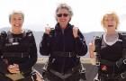 Estas 3 mujeres tienen cerca de 70 años y estan por cumplir un deseo...DAN MIEDO!