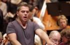 Biceps, tatuaje y una voz que da escalofrios: aqui el tenor italiano que ha hecho enamorar medio mundo