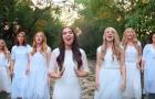 9 filles se mettent en ligne : toutes leurs voix réunies font venir des frissons!