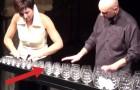 Le casse-noix joué avec des verres
