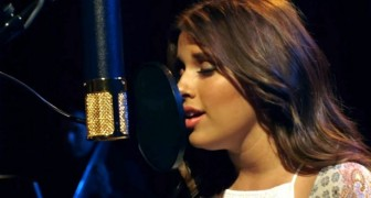 She sings like an angel and together with the choir . . . goosebumps!