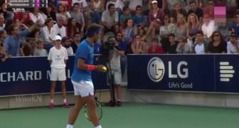 Rafael Nadal interrumpe el match cuando siente una mujer llorar: este es el motivo