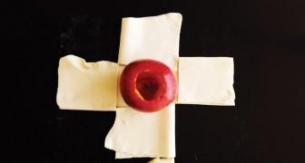 Corta la masa de hojaldre y pone una manzana en el centro: asi es como se transforma una fruta en un delicioso postre!