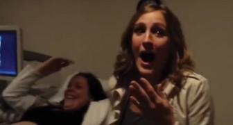 Accompagna la sorella a una normale ecografia ma poi scopre che la sorpresa è PER LEI!