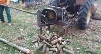 Esta maquina para cortar la leña es un poco demasiado artesanal pero...Funciona!