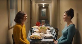 Este video nos recuerda porque las personas deberian comer juntas...Sin tecnologia de por medio!