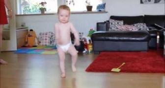 Tem só 17 meses e ainda usa fraldas, mas veja como dança!