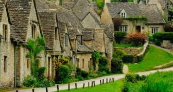 Dit Is Het Mooiste Dorp Van Engeland Dat Is Verkozen Om In Het Engelse Paspoort Te Staan!