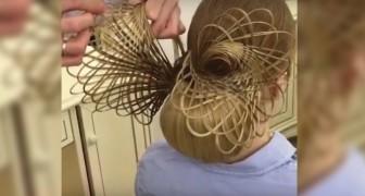 Die Technik, mit der diese spektakuläre Frisur realisiert wird, ist unfassbar einfach