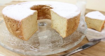 Torta Angel Cake: il dolce economico che vi conquisterà con la sua delicatezza