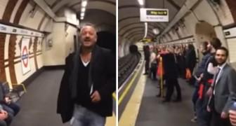 Ein Mann beginnt, in der U-Bahn zu singen: nach nur kurzer Zeit begleiten ihn alle...was für eine Show!