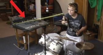 Deze jongen stelt het drumstel af... met alle RAMPZALIGE gevolgen van dien!