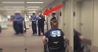 Una ragazza va a trovare l'infermiera che l'ha seguita: la sorpresa che le riserva è commovente