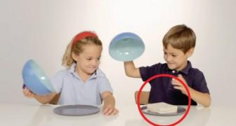 Neste experimento uma criança recebe a comida e outra não: a reação deles é uma lição!
