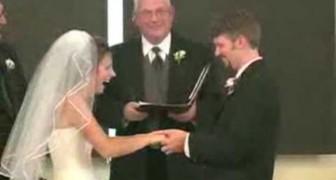 Un attacco di risate in pieno matrimonio