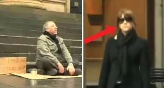 Een vrouw nadert een blinde bedelaar en wijzigt de tekst op zijn bordje... het effect is verbluffend!