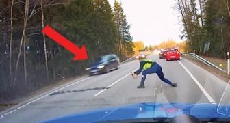 O carro do fugitivo chega: a ação da polícia é perfeita!