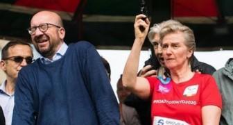 La princesse de Belgique tire au pistolet pour donner le départ à la course mais... elle envoie le premier ministre à l'hôpital