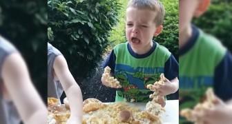 2 broers ontdekken dat ze een zusje krijgen: hun reactie is uiteenlopend...