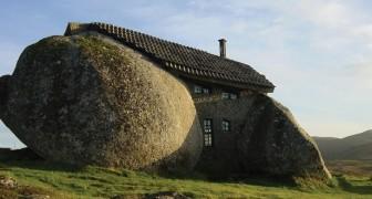 Casa do Penedo, la casa incastonata nella pietra che attira turisti e architetti da tutto il mondo
