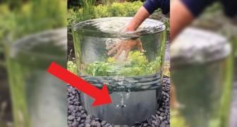 Hier der wunderschöne Brunnen aus Glas, bei dem das Wasser nicht herauskommt sondern endlos wirbelt