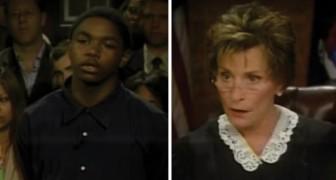 Una jovencita acusa a un joven de hurto: lo que èl dice al juez cierra el caso en 30 segundos!