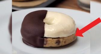 Un goloso biscotto bigusto immerso nel cioccolato fondente: per prepararlo non serve neanche il forno