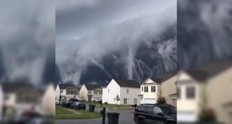 Un'onda gigantesca che si abbatte sulle case? Ecco spiegato il curioso fenomeno