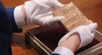 La trigonometria non fu inventata dai greci: questa tavoletta riscrive la storia della matematica
