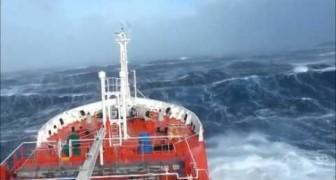 La Furia dell'oceano in Tempesta