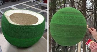 Een jongen maakt een gigantische bol door in een jaar tijd 42.000 lucifers vast te lijmen, en steekt het dan aan
