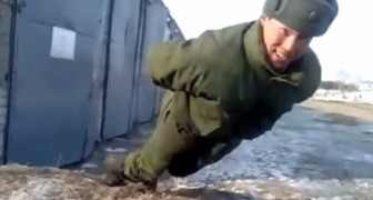 Come fanno le flessioni in Russia