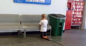 Eine Mutter überrascht ihren Sohn im Supermarkt kniend: Seine Geste bewegt eine ganze Nation