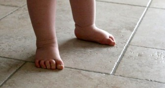 Experts recommend letting children go barefoot for as long as possible --- here's why!
