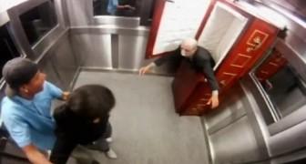 Lo scherzo del morto nell'ascensore